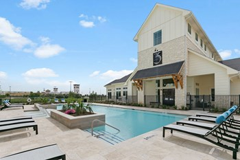 3650 Outlet Blvd 1-3 Beds Apartment for Rent Photo Gallery 1