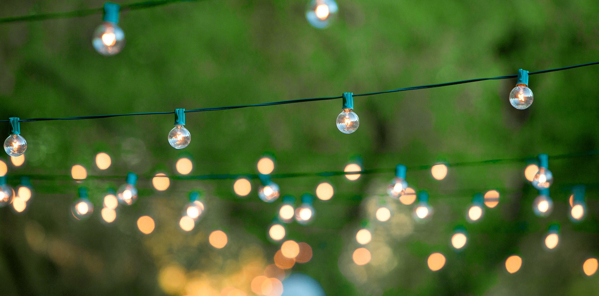 Circle-S-Hangning-Lights