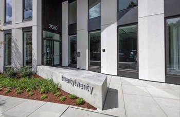 2020 NE Multnomah Street 2 Beds Apartment for Rent Photo Gallery 1