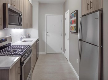 4111 NE MLK JR Blvd. Studio Apartment for Rent Photo Gallery 1