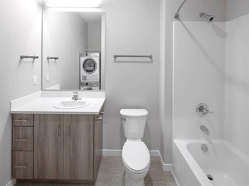 2351 NE 51St Ave 1 Bed Apartment for Rent Photo Gallery 1