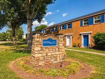 3501 Meadowdale Blvd 2 Beds Apartment for Rent Photo Gallery 1