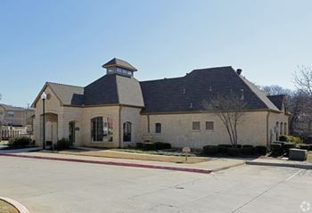 3101 Mustang Drive 1-3 Beds Apartment for Rent Photo Gallery 1