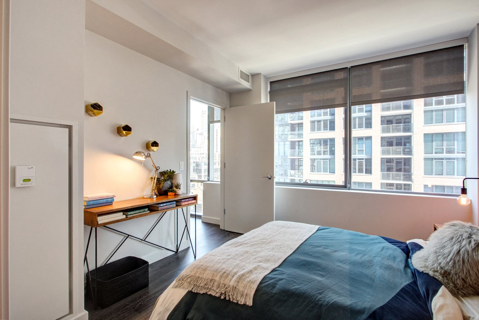 Large, Spacious Bedrooms at 640 North Wells, Chicago, Illinois