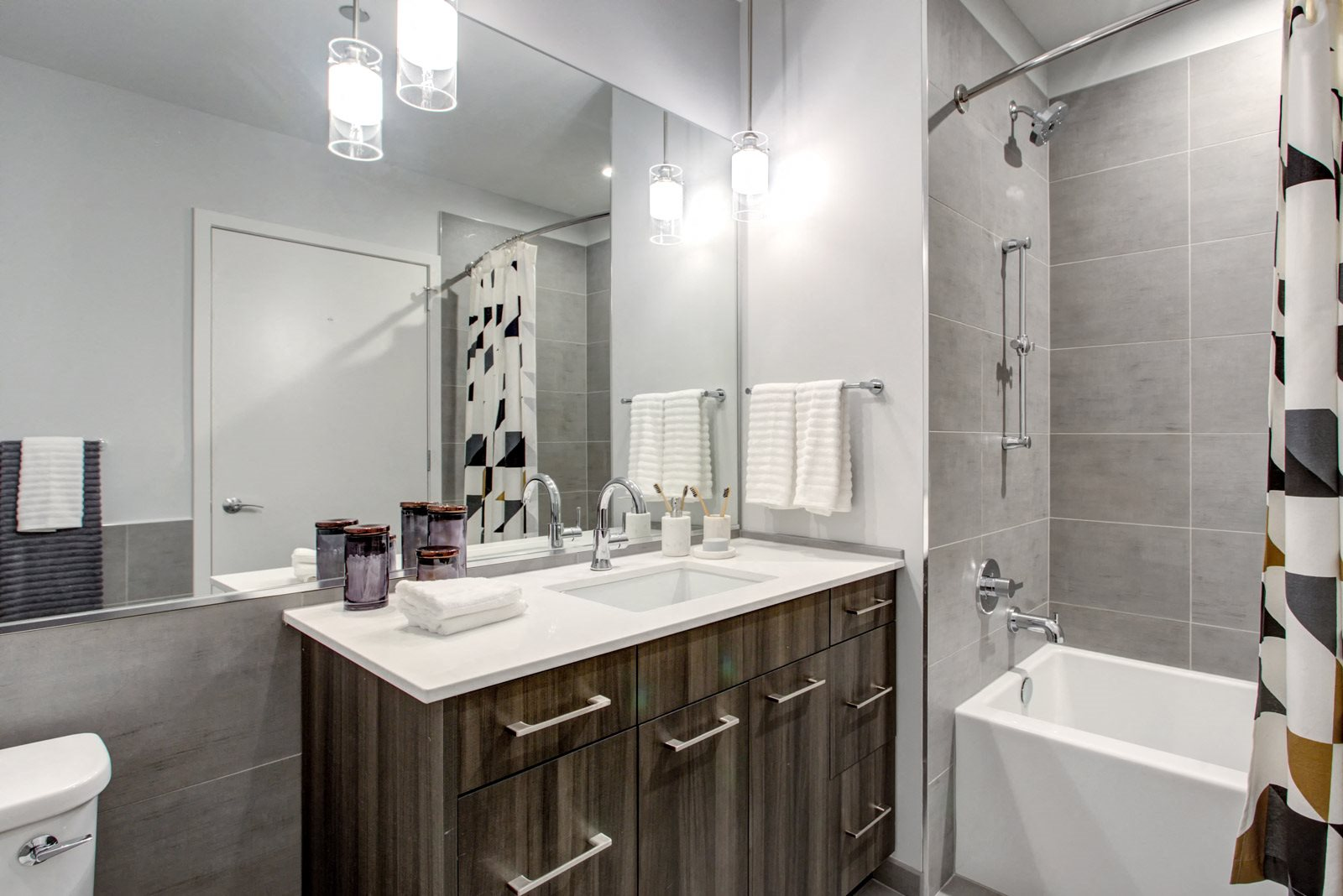 Spacious, Spa-Inspired Bathrooms at 640 North Wells, Chicago, 60654