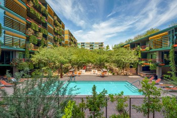 6895 East Camelback Road Studio Apartment for Rent Photo Gallery 1