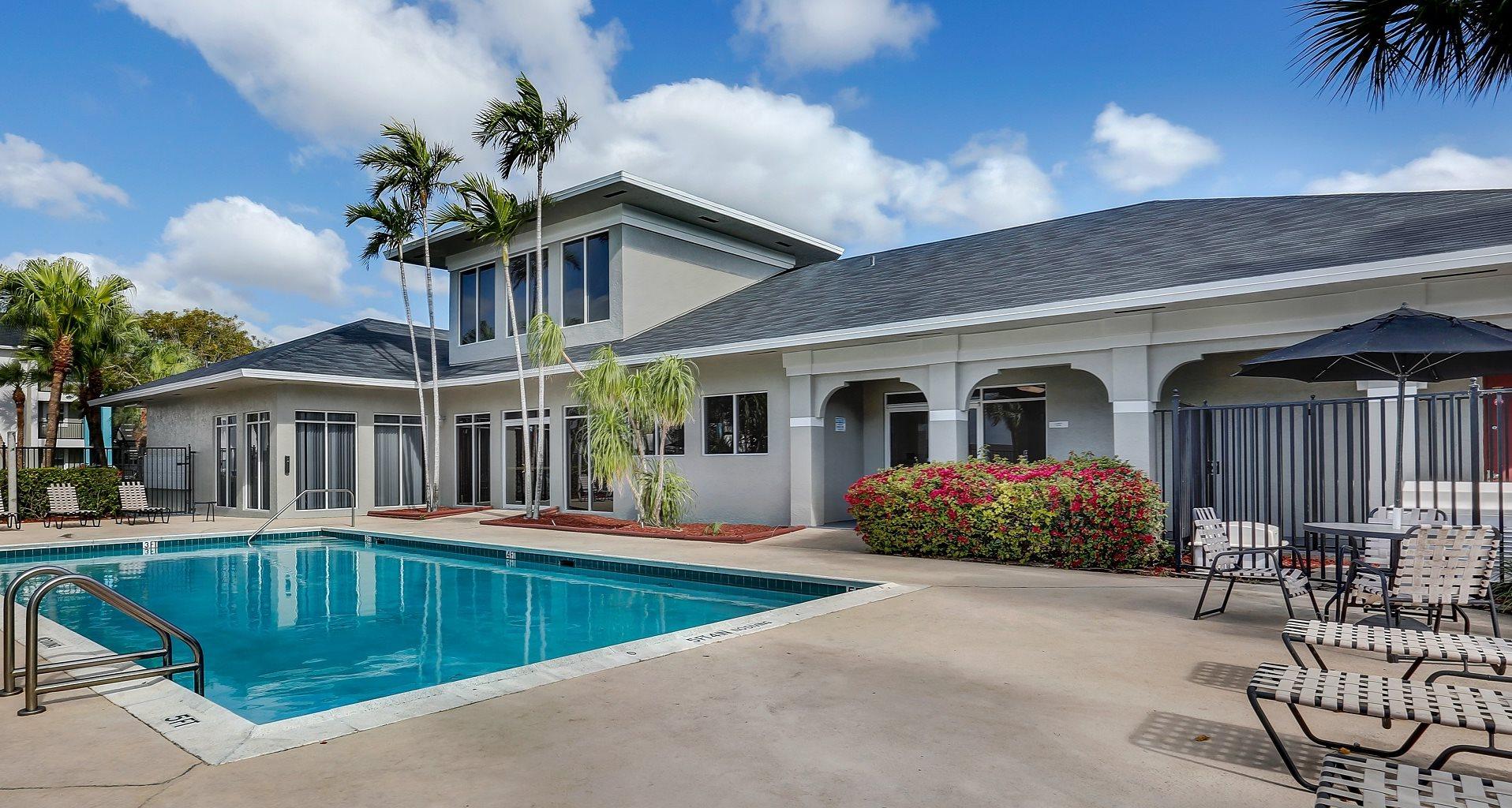 Villa Biscayne Apartment Homes