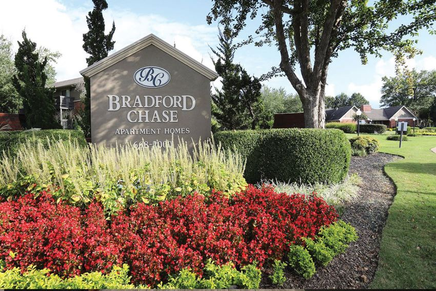 Bradford Chase apartments in Jackson, TN