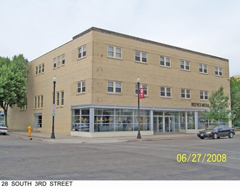 28 S 3Rd St 2-4 Beds Apartment for Rent Photo Gallery 1