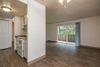 14500 SW Hall Blvd 2 Beds Apartment for Rent Photo Gallery 1