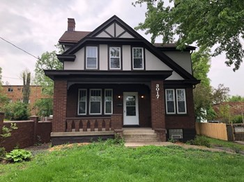 3017 Montana Ave 3 Beds House for Rent Photo Gallery 1