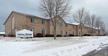 969 - 2200 Mueller St 2-99 Beds Apartment for Rent Photo Gallery 1