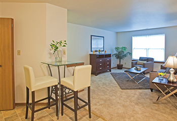 1387 30th Avenue 2 Beds Apartment for Rent Photo Gallery 1