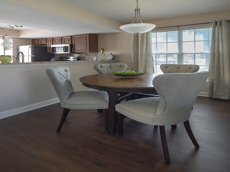 Bloomingdale Woods Apartments Valrico Florida Dining Table Area