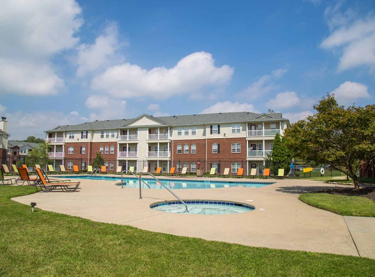 Fieldstone at Glenwood Crossing Apartments in Cincinnati, OH