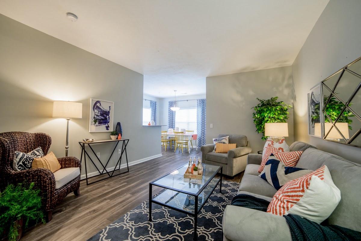 Fieldstone at Glenwood Crossing Apartments in Cincinnati, OH