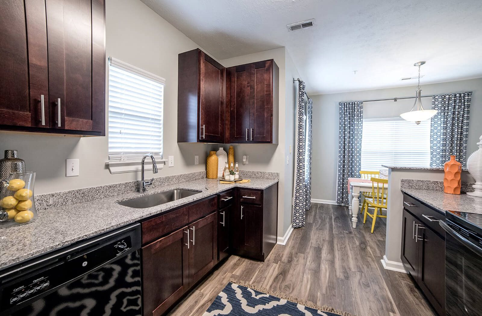 Apartments in Cincinnati, OH | Fieldstone at Glenwood Crossing