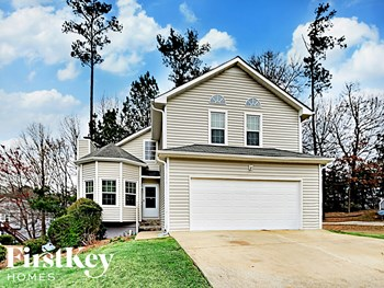 5878 Graywood Circle Southeast 4 Beds House for Rent Photo Gallery 1