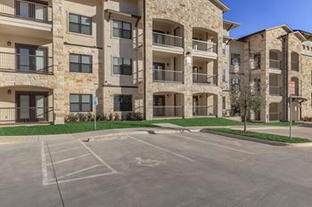 1207 Agora Palms Dr 1-3 Beds Apartment for Rent Photo Gallery 1
