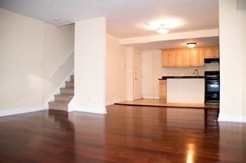 220 South Street 2 Beds Apartment for Rent Photo Gallery 1