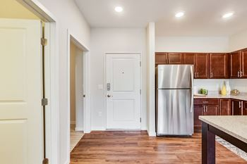 1217 Eastgate Drive SE Studio-2 Beds Apartment for Rent Photo Gallery 1