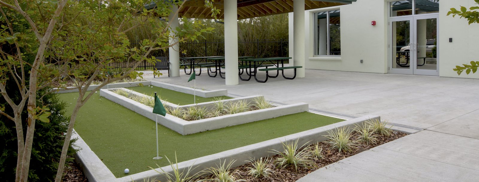 Mount Carmel Gardens senior apartments in jacksonville, florida putt putt course