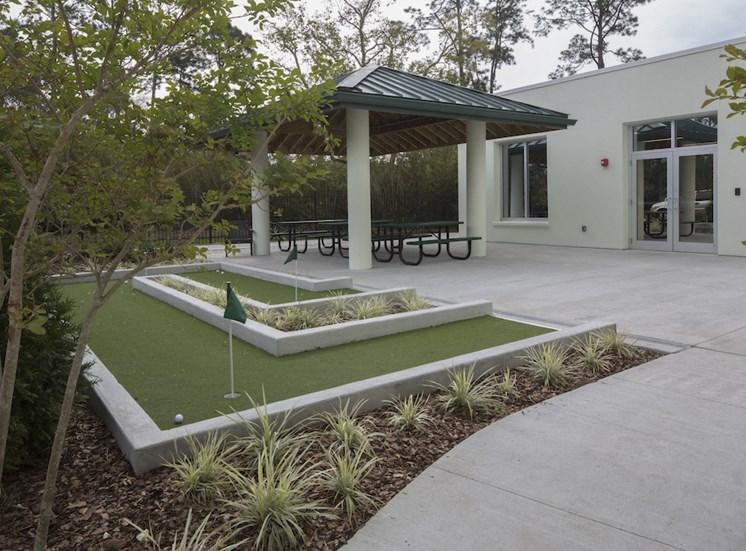 Mount Carmel Gardens senior apartments in jacksonville, florida putting course