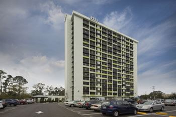 5846 Mt Carmel Terrace Studio-1 Bed Apartment for Rent Photo Gallery 1