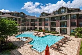 9725 N. Lake Creek Parkway 1-3 Beds Apartment for Rent Photo Gallery 1