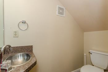 4750 SHERWOOD COMMON BLVD 1 Bed House for Rent Photo Gallery 1