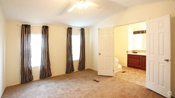 7510 Talley Road 3 Beds Apartment for Rent Photo Gallery 1
