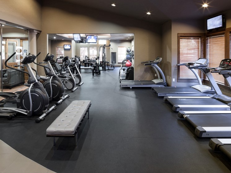 apartments in north austin with fitness center
