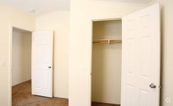 10910 Turner Blvd 3 Beds Apartment for Rent Photo Gallery 1