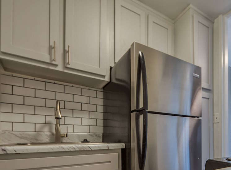 Kitchen at The_Lafayette_Apartments