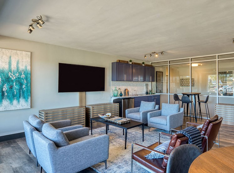 Lounge_The_Lafayette_Apartments in Norfolk VA 2