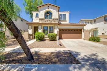 3642 E Sundance Ave 3 Beds House for Rent Photo Gallery 1