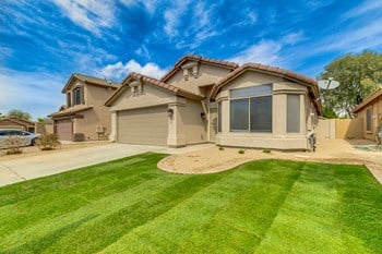 8626 East Milagro Ave 3 Beds House for Rent Photo Gallery 1