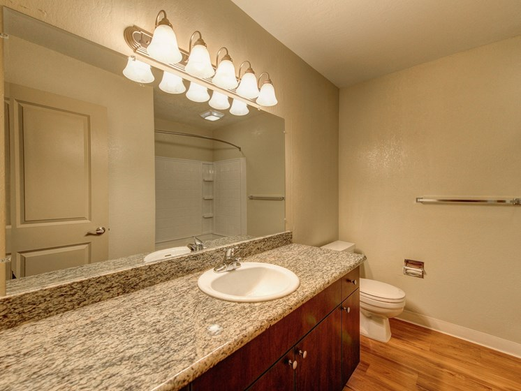 Luxury Apartment Community Bathroom Vanity with Granite Countertops