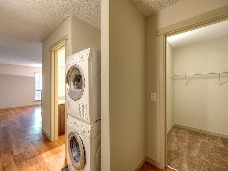 Luxury Apartment Community In Unit Washer Dryer and Extended Closet
