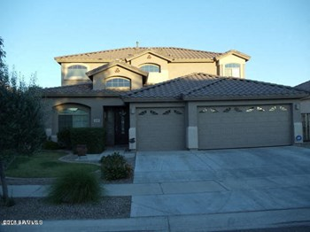 8789 West Hayward Avenue 4 Beds House for Rent Photo Gallery 1