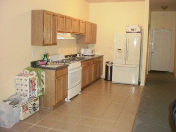 26 Seeley Street 2 Beds Apartment for Rent Photo Gallery 1