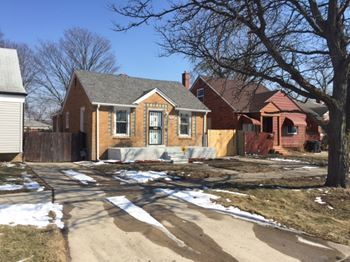 7358 Pierson Street 2 Beds House for Rent Photo Gallery 1