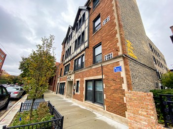 536 W. Grant Pl. 1 Bed Apartment for Rent Photo Gallery 1