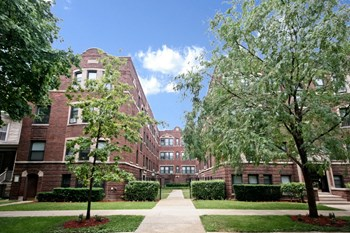 5552-60 N. Lakewood Ave. Studio-1 Bed Apartment for Rent Photo Gallery 1