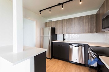 10 E. Ontario St. Studio-2 Beds Apartment for Rent Photo Gallery 1