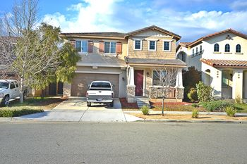 9536 Harvest Vista Drive 5 Beds House for Rent Photo Gallery 1