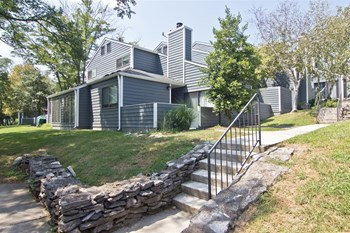 3543 Tates Creek Road 1-4 Beds Apartment for Rent Photo Gallery 1