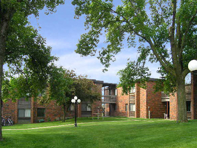 Lush Green Outdoor Spaces at Emerald Court, Iowa