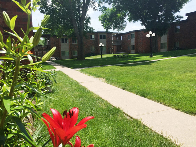 Walking Trails at Emerald Court, Iowa City, 52246