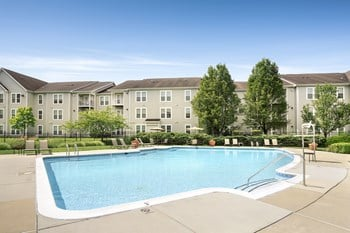 4901 Meridian Way 1-3 Beds Apartment for Rent Photo Gallery 1